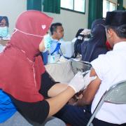 Imunisasi Rubela SMP Nurul Jadid
