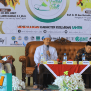 Acara Bedah Kitab, Mudir Ma'had Aly Nurul Jadid Meng-Ijazahkan 3 Kitab