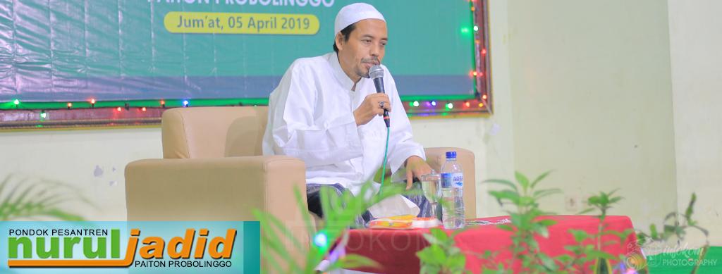 KH. Hefniy Mahfudz; dengan Membaca Al-Qur'an Hati Kita akan Bersih